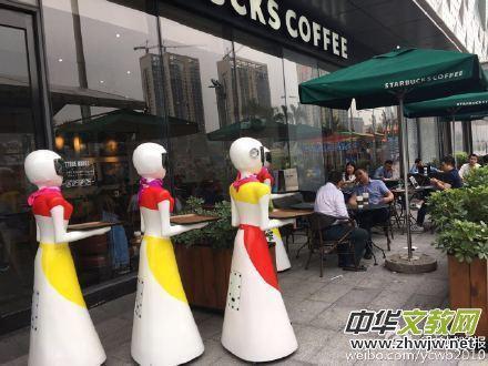 广州土豪带8个机器人出门  全美女造型,机器人时代来临